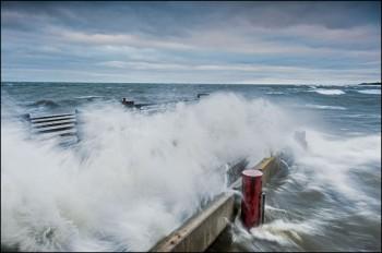 Bildnummer L 009 Seebrücke  Zingst bei Sturm